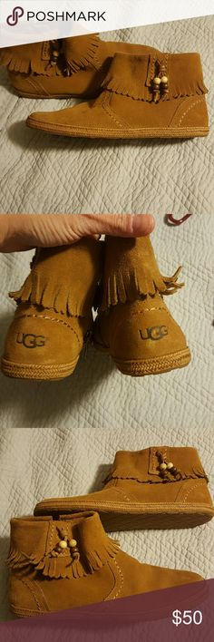 Ugg fringe bootie sz 8 Brown fringe Ugg bootie UGG Shoes Ankle Boots & Booties
