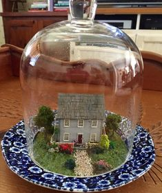 Terrarium, Dollhouse Miniatures, Snow Globes, Christmas Bulbs, Holiday Decor, Home Decor, Terrariums, Decoration Home, Christmas Light Bulbs