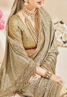 #HalfNHalf #ArtSilk #Saree in #Beige