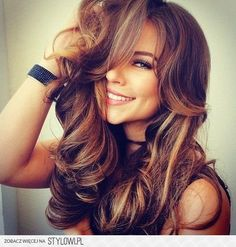 20 Blonde Ombre Hair Color Ideas Red, Brown and Black Hair Natural Brown Hair, Brown Blonde Hair, Light Brown Hair, Blonde Ombre, Black Hair, Hair Color Shades, Ombre Hair Color, Brown Hair Colors, Brown Hair With Highlights And Lowlights