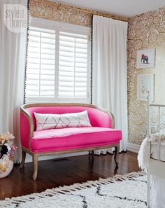 Girls' bedroom: Bright pink settee {PHOTO: Ashley Capp}