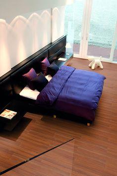 Aquastep vízálló laminált padló. Az Aqua-Step a meleg és barátságos mintázatok teljes választékát kínálja különböző felületi hatásokkal és színazonos szegőlécekkel. Az Aqua-Step Mini kőhatású dizájn, a fahatású termékek megjelenésést és érzetét kelti. Ne várakozzon tovább, ismerje meg vízálló laminált padlóinkat. #design #interior #home #decor #architecture #style #wood #floor #laminated #aquastep #room #colorful #homedesign #amazing #livingroom #beautiful #today #photooftheday #instagood