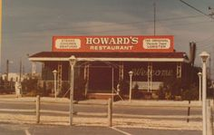 My favorite restaurant on my favorite island. This picture of Howard's Restaurant on Long Beach Island,NJ is circa 1950.