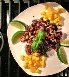 Week Thai Chicken & Pineapple Purple Fried Rice by Keely Marie Spicy Fried Rice Recipe, Thai Fried Rice, Spicy Recipes, Great Recipes, Healthy Recipes, Rice With Beans, Edamame Beans, Pineapple Chicken, Thai Chicken