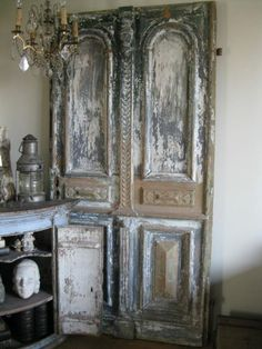 Old doors Source by mamiezonzon Vintage Doors, Antique Doors, Old Doors, Vintage Shutters, Old Shutters, Boutique Deco, French Decor, Architectural Salvage, Rustic Interiors