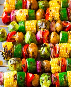 Grilled Fajita Vegetable Skewers - A healthy vegetarian skewer recipe loaded wit. - Grilled Fajita Vegetable Skewers – A healthy vegetarian skewer recipe loaded with fresh summer ve - Healthy Food Recipes, Veggie Recipes, Cooking Recipes, Dishes Recipes, Easy Recipes, Vegan Bbq Recipes, Grilled Recipes, Dip Recipes, Chicken Recipes