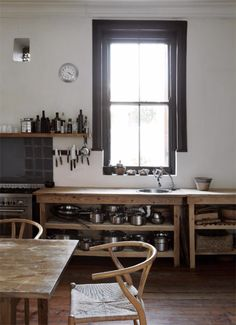 Est magazine issue 24: Cape Town home of family De Waal