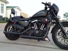 5 Bright Cool Tips: Harley Davidson Iron 883 Videos harley davidson chopper sportster Davidson Girl Wheels harley davidson baggers iron Davidson Style Boots. Harley Davidson Sportster, Harley Davidson Street Glide, Sportster Iron, Harley Davidson Tattoos, Harley Davidson Chopper, Harley Sportster 1200, Harley Davidson Vintage, Harley Davidson Wallpaper, Classic Harley Davidson