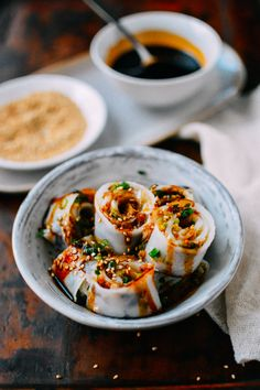 Cheung Fun Recipe (Homemade Rice Noodles) and shrimp and scallion rolls using them.