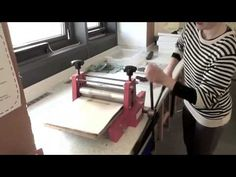 ▶ PRINTING MAKING - RELIEF USING THE PRINTING PRESS - YouTube