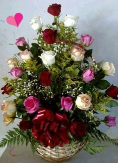 Beautiful Rose Flowers, Exotic Flowers, Rose Flower Arrangements, Rose Flower Wallpaper, Happy Birthday Flower, Floral Bouquets, Floral Wreath, Red Roses, Flower Boxes