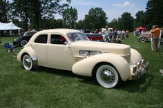 1936 37 Cord 810/812 by the Cord Automobile division of Auburn Motors