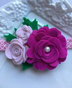 Items similar to Felt Flower Headband, Wool Felt Headband, Baby Headband. on Etsy Diy Baby Headbands, Felt Headband, Flower Headbands, Felt Flowers Patterns, Fabric Flowers, Ribbon Flower Tutorial, Bow Tutorial, Making Hair Bows, Felt Fabric