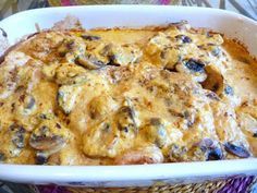 CHICKEN AND MUSHROOMS IN LEMON GARLIC CREAMY SAUCE