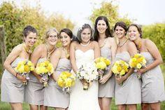 bouquet de mariée et bouquet demoiselle d'honneur