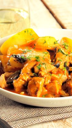 Cazuela de Pollo - Trail Tutorial and Ideas Easy Healthy Dinners, Healthy Dinner Recipes, Casserole Recipes, Chicken Casserole, Baked Chicken Recipes, Everyday Food, Cooking, Tortellini Alfredo, Dinner Crockpot