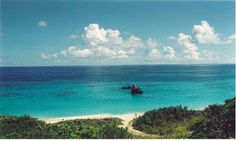 """The best beaches in Bermuda are on the """"gold coast"""" on the southern side of the Island"""