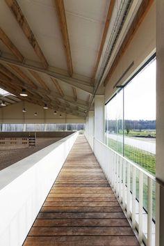 www.pegasebuzz.com | Dream barn : Fursan Equestrian Center, Chantilly.