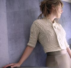 VK Cabled Bolero by Nora Gaughin. Pretty execution by klun at Ravelry. Pattern for purchase at vogue Knitting: For more information, see: http://store.vogueknitting.com/p-173-cabled-bolero.aspx