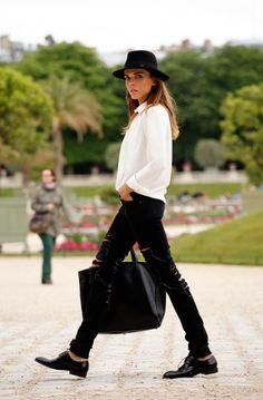 White Shirt - What I Wore: Style Heroine's Haute Couture Looks Haute Couture Looks, Haute Couture Fashion, Couture Week, Parisienne Chic, Fashion Week, Winter Fashion, Fashion Trends, Street Style Chic, Look 2018