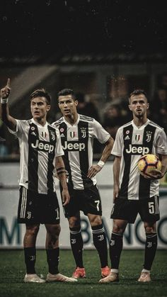 Looking for New 2019 Juventus Wallpapers of Cristiano Ronaldo? So, Here is Cristiano Ronaldo Juventus Wallpapers and Images Cr7 Ronaldo, Cristiano Ronaldo Quotes, Cr7 Messi, Cristiano Ronaldo Junior, Cristiano Ronaldo Wallpapers, Ronaldo Football, Cristiano Ronaldo Juventus, Juventus Wallpapers, Juventus Fc