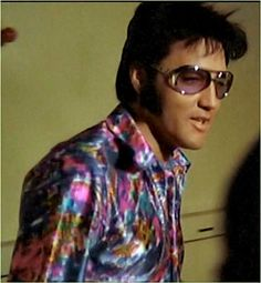 "Elvis: his fans called him the king but he said and I quote, ""There's only one King and that is Jesus Christ."""