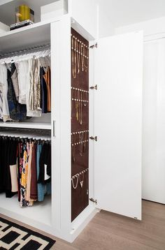 41 Cool Hidden Closet Design Ideas For Small Bedrooms To Have Asap - Whether you are trying to save money on rent or willing to sacrifice square footage for a great urban location, there are many positive aspects to liv. Walk In Closet Design, Bedroom Closet Design, Closet Designs, Diy Walk In Closet, Hidden Closet, Small Walkin Closet, Closet Organizer With Drawers, Closet Storage, Closet Organization