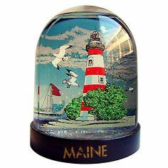 Maine snow globe