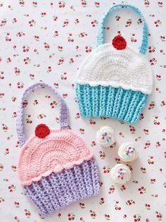 Cupcake Bibs | crochet today.