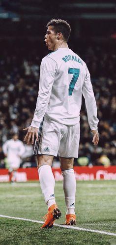 Foto Cristiano Ronaldo, Cristiano Ronaldo Wallpapers, Cristano Ronaldo, Ronaldo Football, Football Players Photos, Football Images, Cr7 Wallpapers, Soccer Pictures, Sports Celebrities