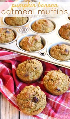 Pumpkin banana oatmeal muffins - delicious & wholesome! #MyOatsCreation (sponsored)