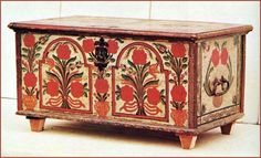 Ancient painted treebox, for the Bride, Hungary Blanket Box, Blanket Chest, Painted Chest, Painted Boxes, Hand Painted Furniture, Antique Furniture, Contemporary Decorative Art, Scandinavian Folk Art, Hungarian Embroidery