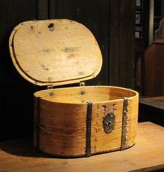 Vakka 1800-luvulta. Old Things