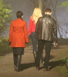 Ginny, Josh & Jennifer filming scenes for Once upon A Time - February 3, 2015