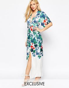 True Violet | True Violet Kimono Sleeve Maxi Dress In Statement Floral Print at ASOS