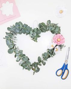Quick and easy to make heart-shaped wreath, perfect for Valentine's day or as spring decor. You just need a few supplies: wire hanger, eucalyptus, and paper flowers. Have a look at the tutorial. Diy Wreath, Wreaths, Crafts To Make, Diy Crafts, Paper Crafts, Diy Home Accessories, Diy Home Repair, Diy Porch, Heart Wreath