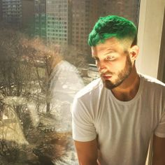 I know pretty much what I like and dislike; Green Hair Men, Short Green Hair, Mens Hair Colour, Vivid Hair Color, Hair And Beard Styles, Short Hair Styles, Hair Trends 2015, Dying Your Hair, Fancy Hairstyles