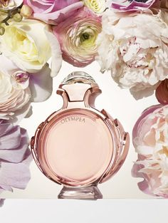 A combination of sweet vanilla and fresh floral notes, Paco Rabanne Olympea fragrance is your new favorite signature scent for the spring season.