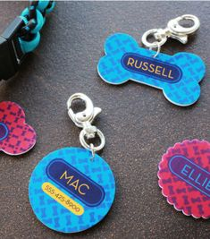Calling all dog lovers! Make personalized Shrinky Dinks dog tags with a free printable so your pup stands out! It's super easy and takes only minutes! - Everyday Dishes & DIY
