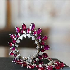 @gemfields. We can't take our off these Tiara ear clips by @worldofreza featuring 50 exceptional quality Mozambican rubies weighing 43.31 carats ❤❤❤