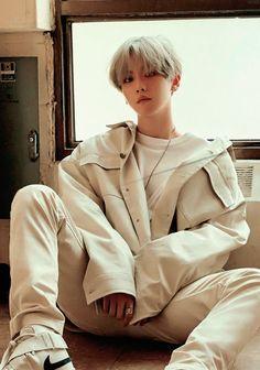 Check out SuperM @ Iomoio Baekhyun, Exo Kokobop, Kaisoo, Exo Kai, Chanbaek, K Pop, Exo Songs, Idole, Man Photo