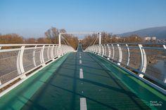 Výsledok vyhľadávania obrázkov pre dopyt most slobody cyklotrasa Bratislava, Bridge, Travel, Voyage, Viajes, Traveling, Trips, Tourism, Bro