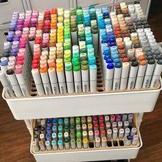 Marker Storage, Art Supplies Storage, Craft Room Storage, Organizing Art Supplies, Storage Ideas, Stationary Organization, Art Studio Organization, Rangement Art, Copic Sketch Markers