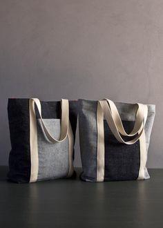 Favorite Totes in Denim with Colored Motes | Purl Soho - Create Free pattern&tutorial  Diese und weitere Taschen auf www.designertaschen-shops.de entdecken