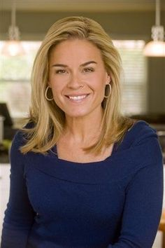 Chef Cat Cora named godmother of Oceania's Riviera: Travel Weekly Chef Shows, Food Shows, Celebrity Measurements, Tv Chefs, Iron Chef, Cooking Chef, Love To Meet, Healthy Snacks For Kids, Food Network Recipes