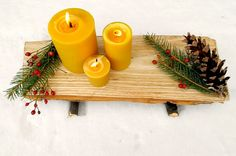 DIY yule log tray made from a chopped piece of wood.  Makes a cool gift