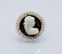 Check out our brooches, pins & clips selection for the very best in unique or custom, handmade pieces from our shops. Vintage Cameo Jewelry, Vintage Brooches, Antique Jewelry, Pearl Color, Color Blue, Antique Engagement Rings, Diamond Cuts, Jewelery, Fine Jewelry
