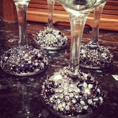 Decorated wine glasses. Made by: me