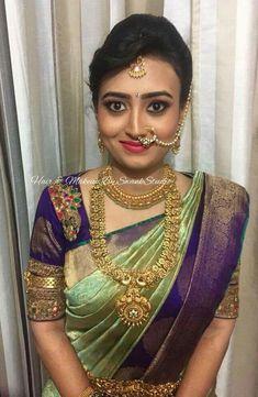 LOVE this color combination! Pattu Saree Blouse Designs, Blouse Designs Silk, Saree Blouse Patterns, Bridal Blouse Designs, Silk Saree Kanchipuram, Kanjivaram Sarees, Saree Color Combinations, Wedding Silk Saree, Bridal Sarees