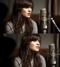 I love bangs, so therefore I love Zooey Deschanel's hair.